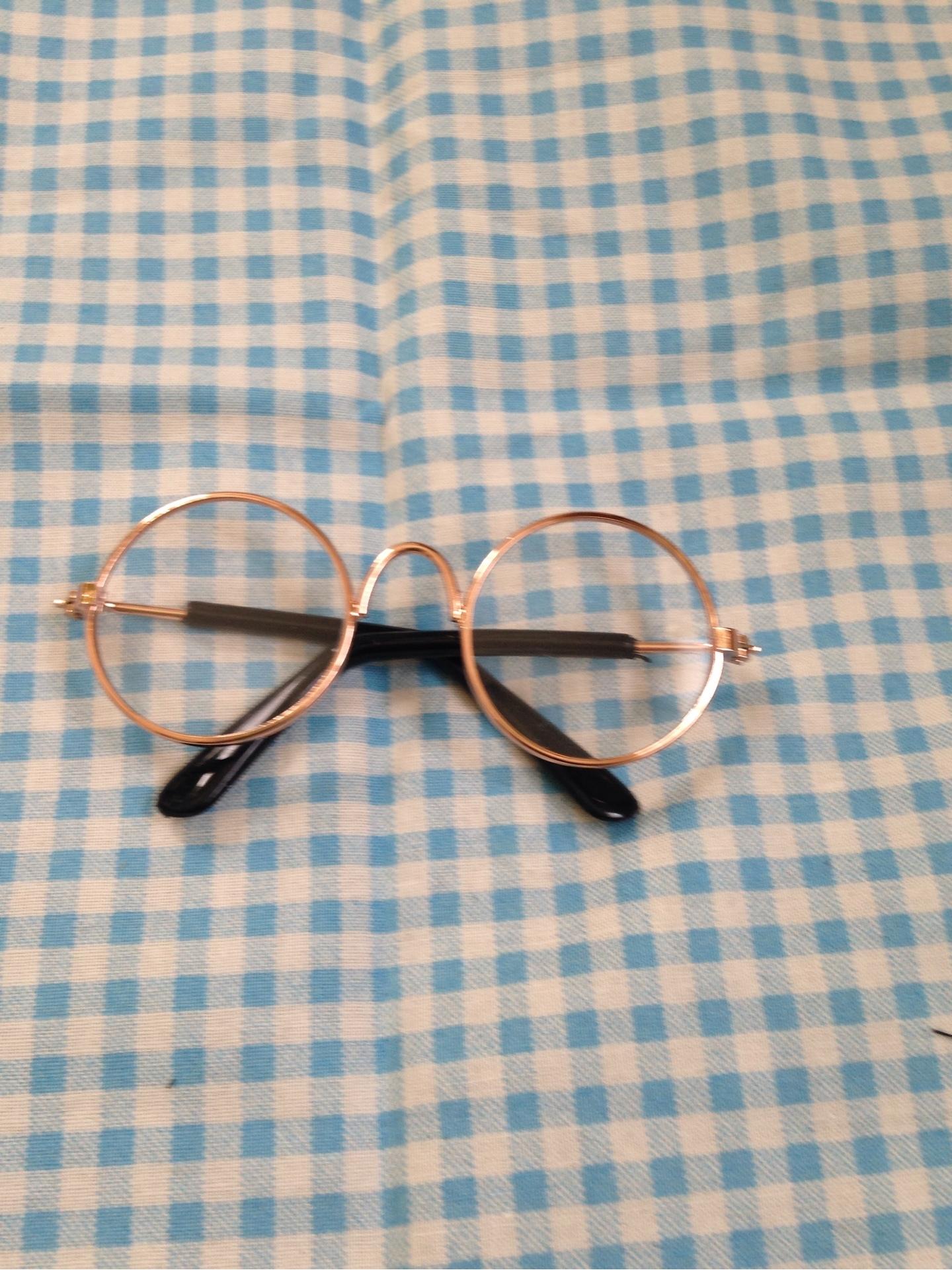 ウヨニ眼鏡