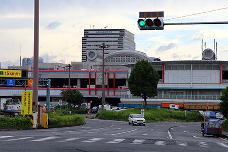 中央市場入口2