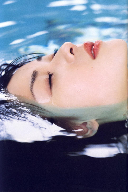 プール 水面 UP 矢島舞美 2020 済み