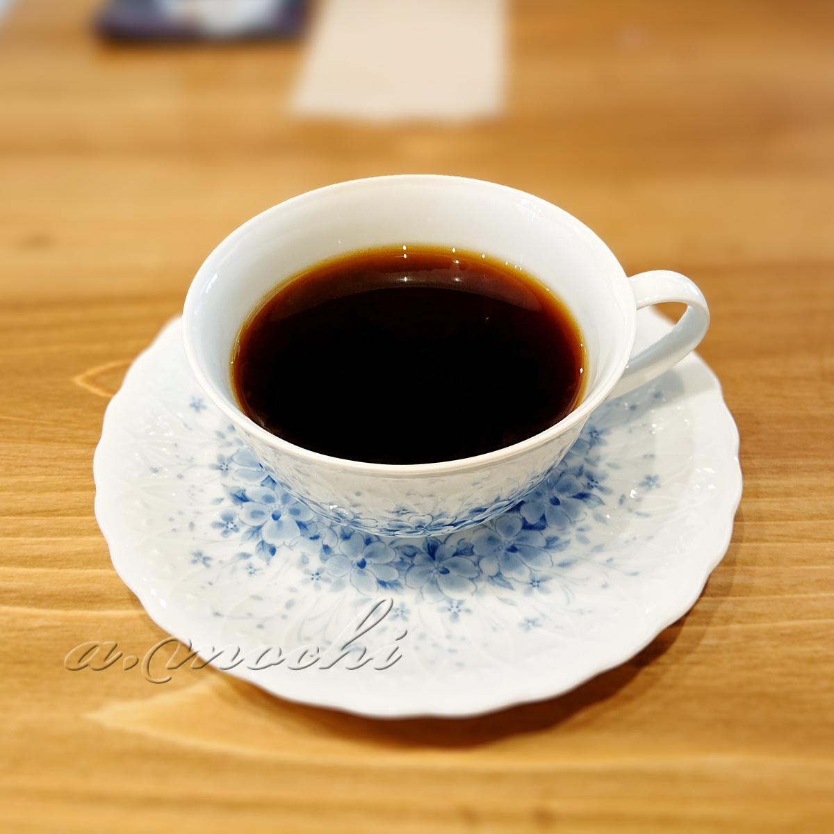 2_neonci_coffee.jpg