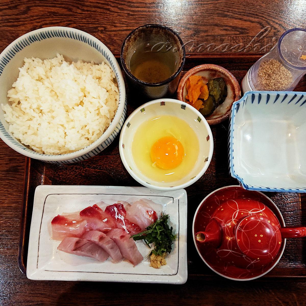 3_uoyoshi_hyugameshi2.jpg