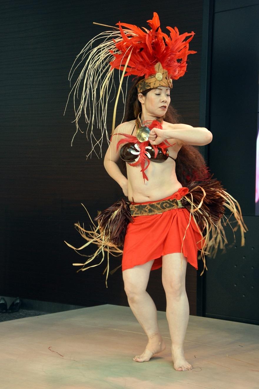 2月タヒチアンダンス#3 (7)