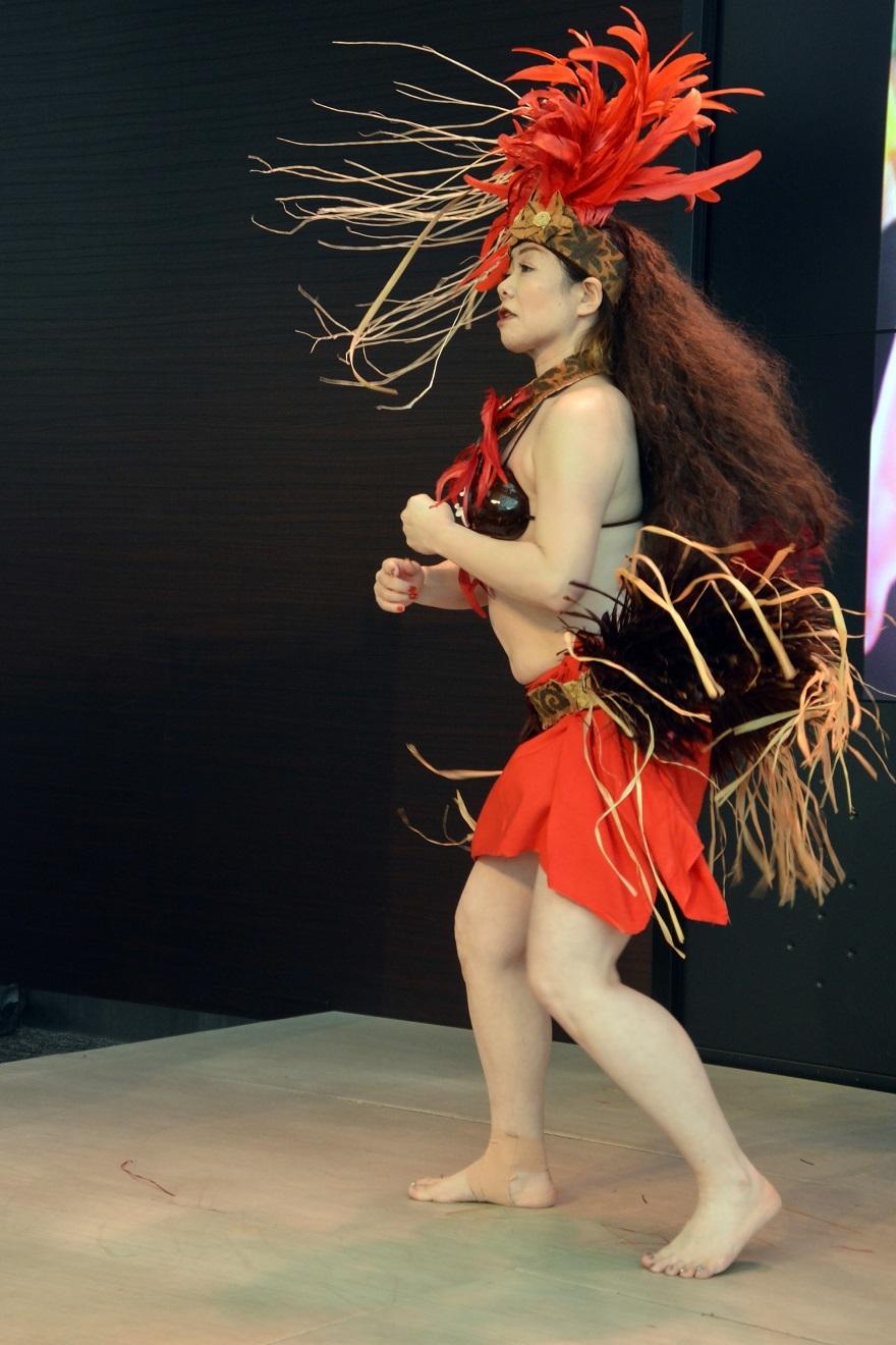 2月タヒチアンダンス#3 (8)