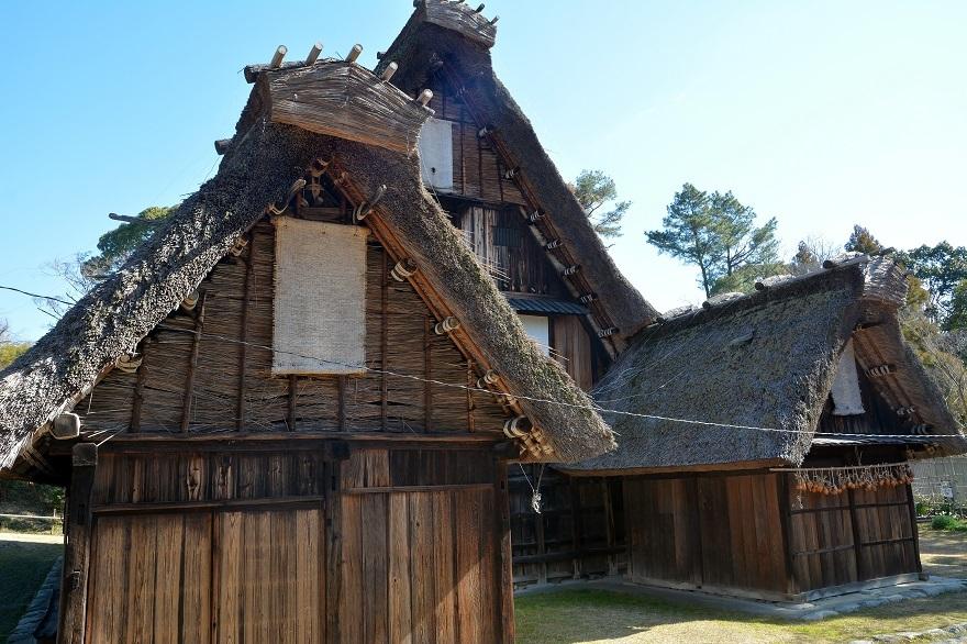 日本民家集落 (2)