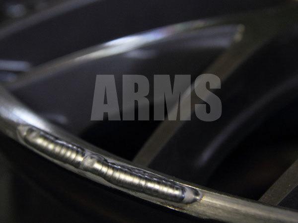 アルミ溶接でホイールの傷を修理