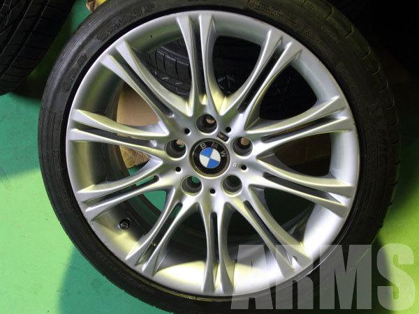 BMW M3の純正アルミホイール