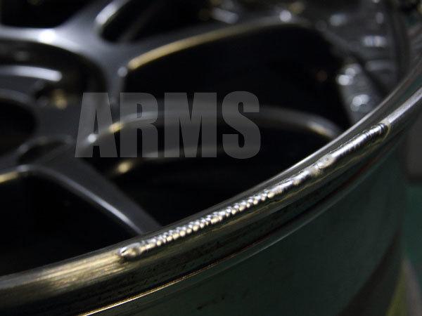 アルミホイールをアルミ溶接で修理