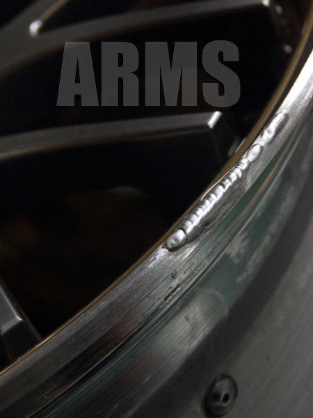 アルミ溶接でホイールリムを修復