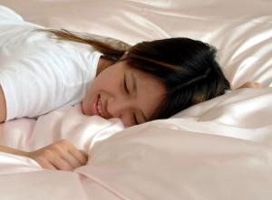 絹のベッド