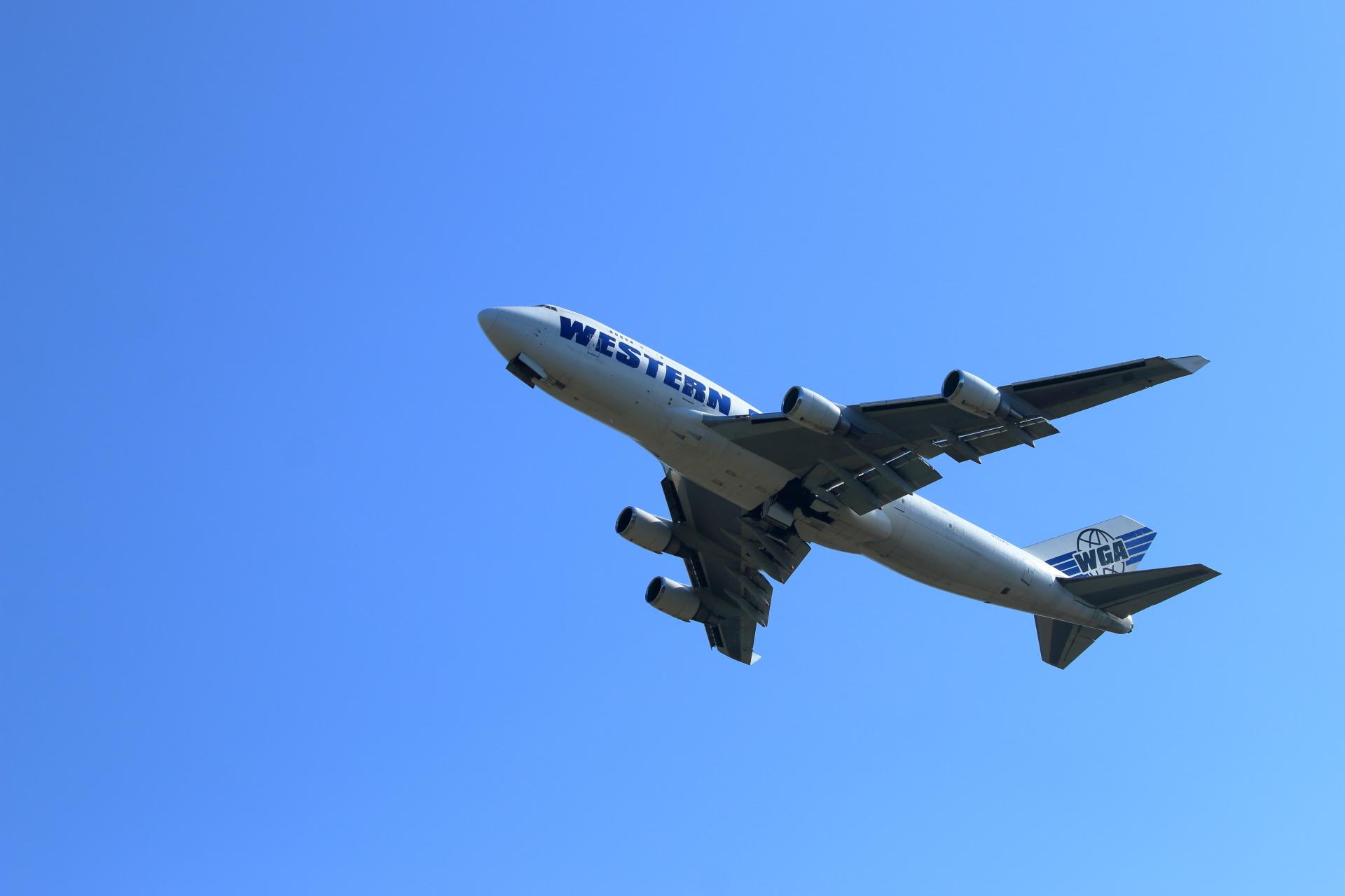 ウエスタン・グローバル・エアラインズ B747-400