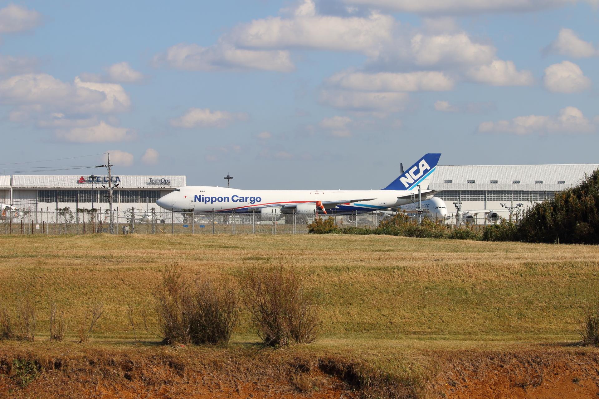 日本貨物航空 747-8