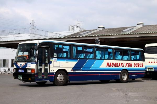 長崎22か2565 4E25