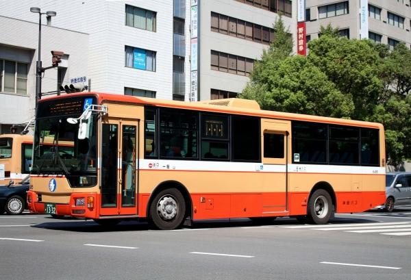 姫路200か1332 6485