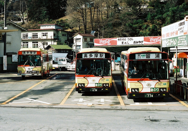 a009-bus-003.jpg