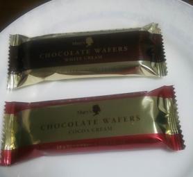 メリー チョコレートウェハース(ホワイト・ココア)