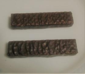 メリー チョコレートウェハース(ホワイト、ココア) 中身