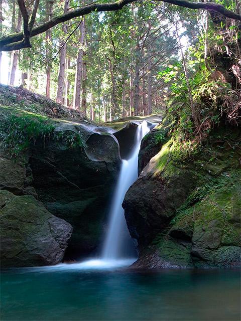 イガミ滝02