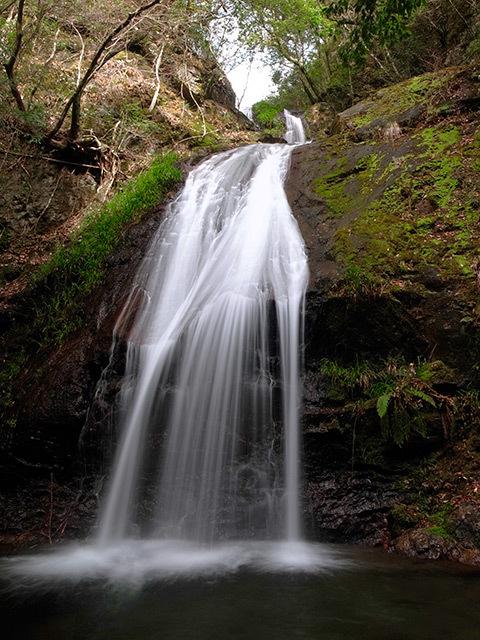 白馬の滝04