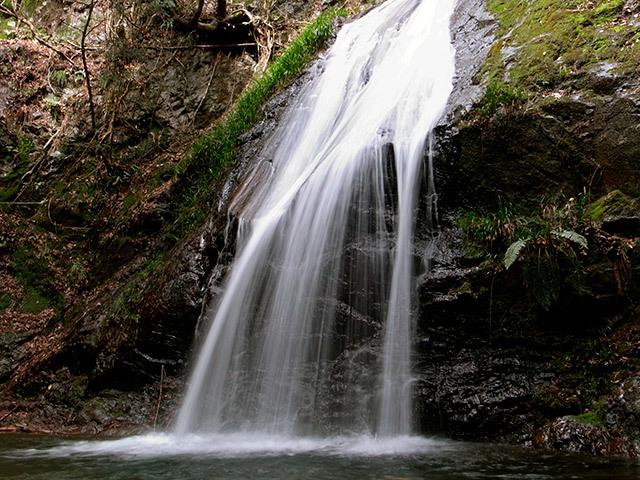 白馬の滝05