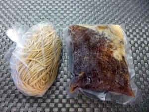 【お持ち帰り】大東本店 麺や而今@01お持ち帰りあっさり煮干醤油そば 1