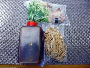 【お持ち帰り】オコメノカミサマ@01お持ち帰り名古屋コーチン醤油ラーメン 1