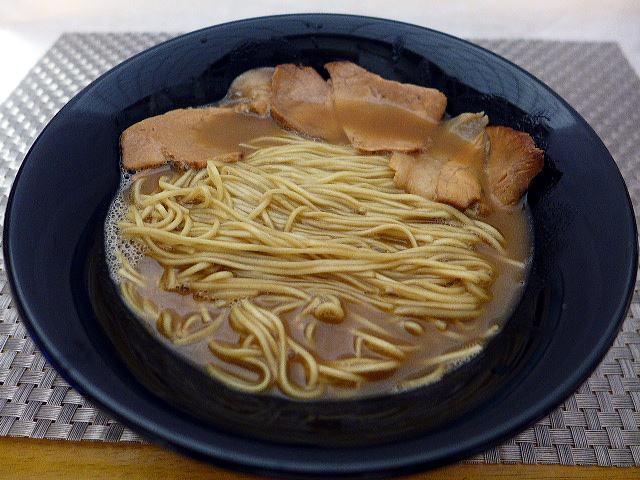 【お持ち帰り】大東本店 麺や而今@02お持ち帰りこってり醤油らーめん 3