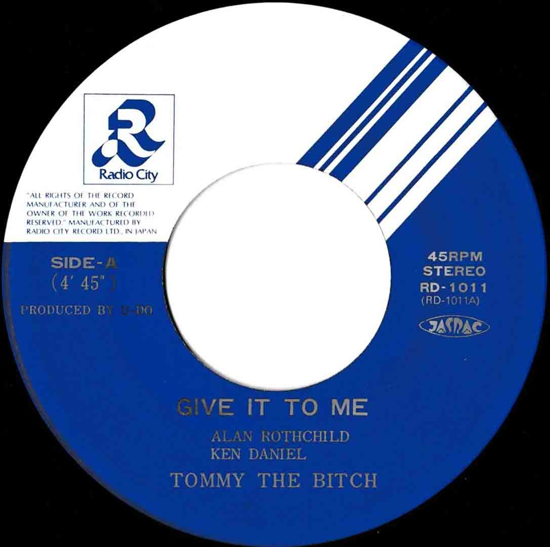 Tommy The Bitch – Give It To Me 03