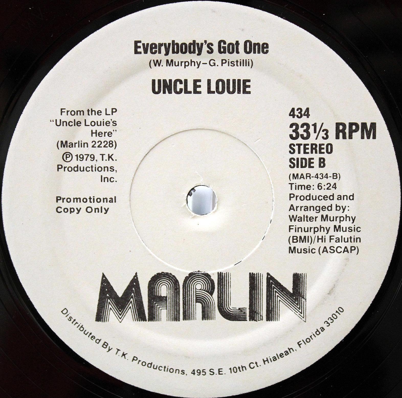 Uncle Louie – I Like Funky Music 03