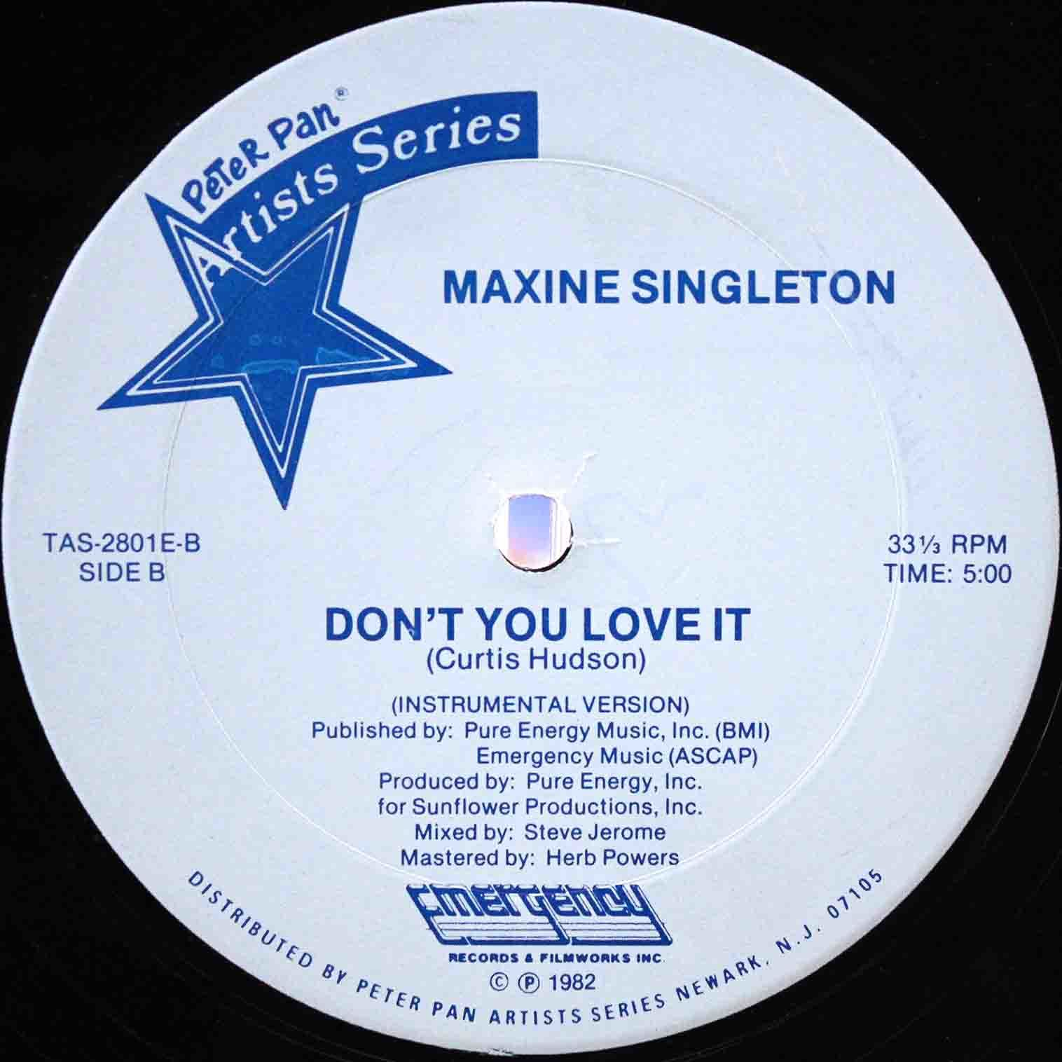Maxine Singleton Dont You Love It 04