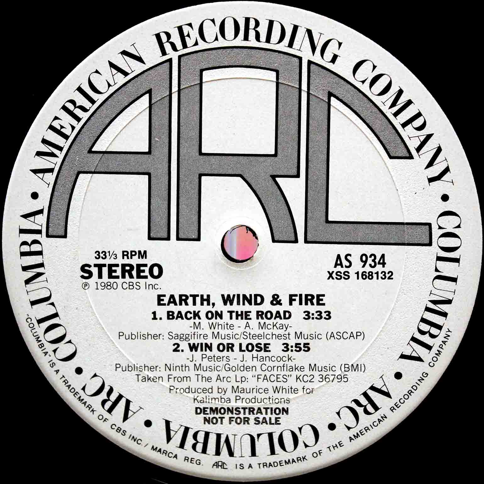 Earth, Wind Fire – Back On The Road 02