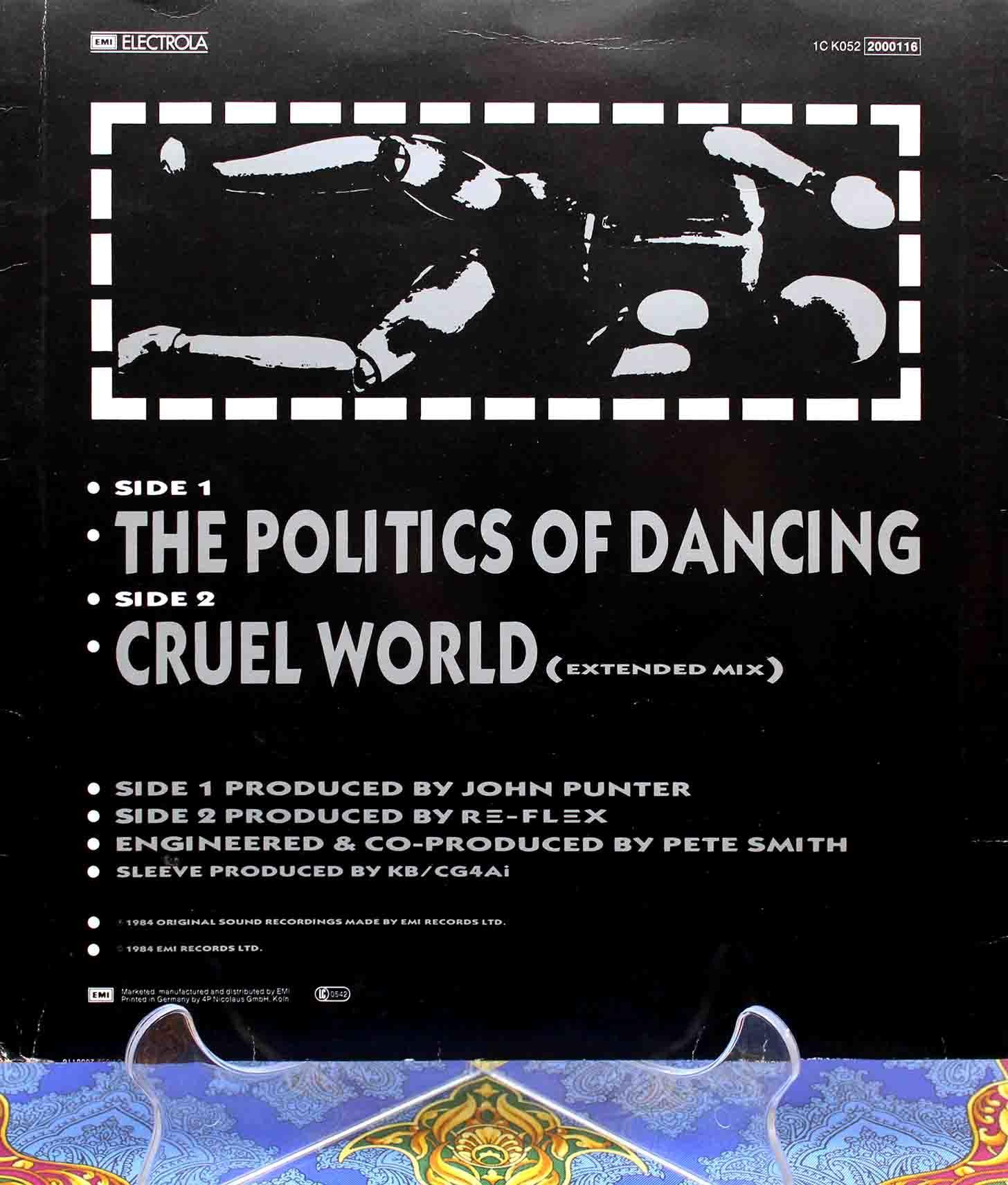 Re-flex The Politics of Dancing 02