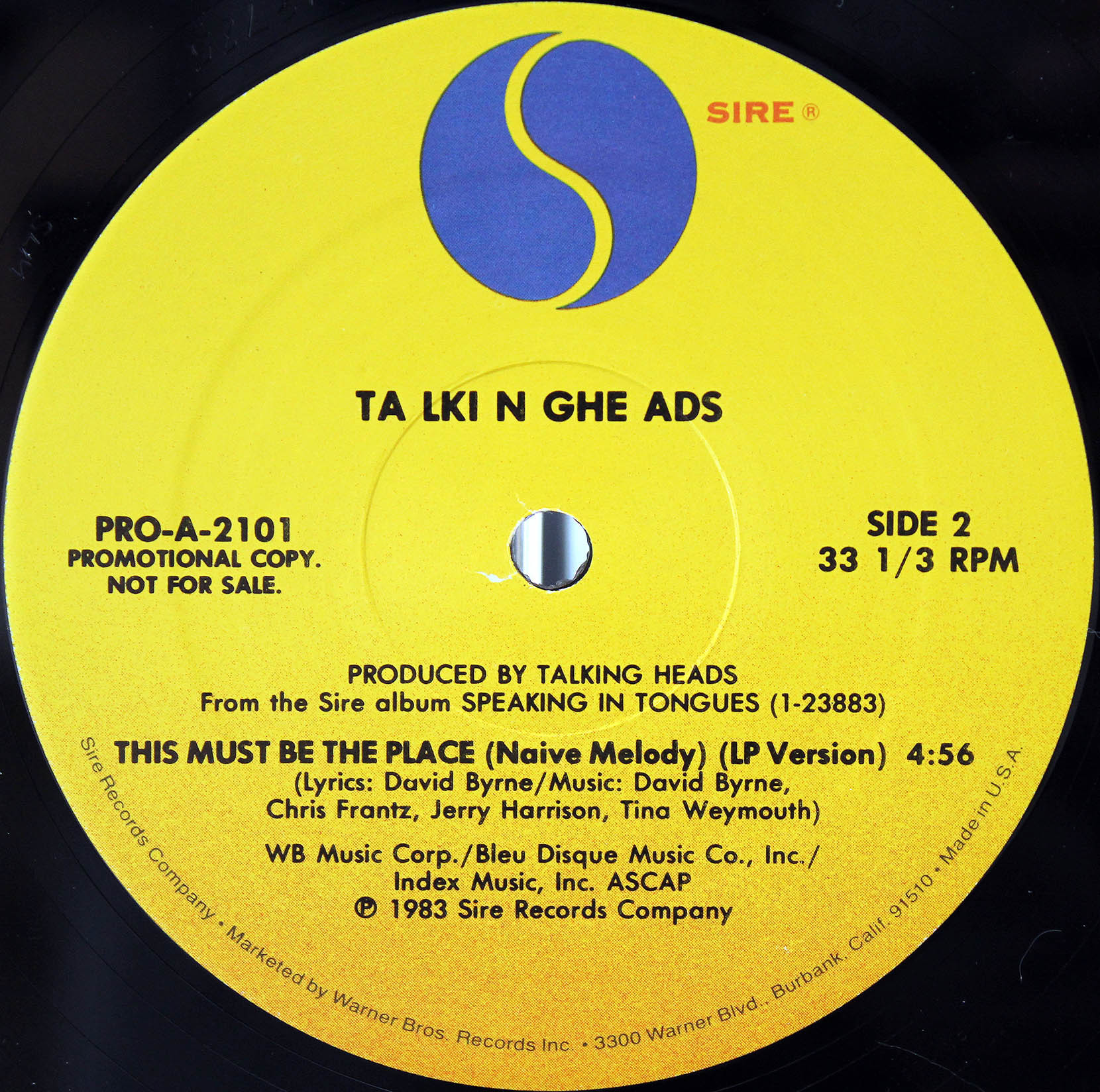 Talking Heads – This Must Be The Place 03