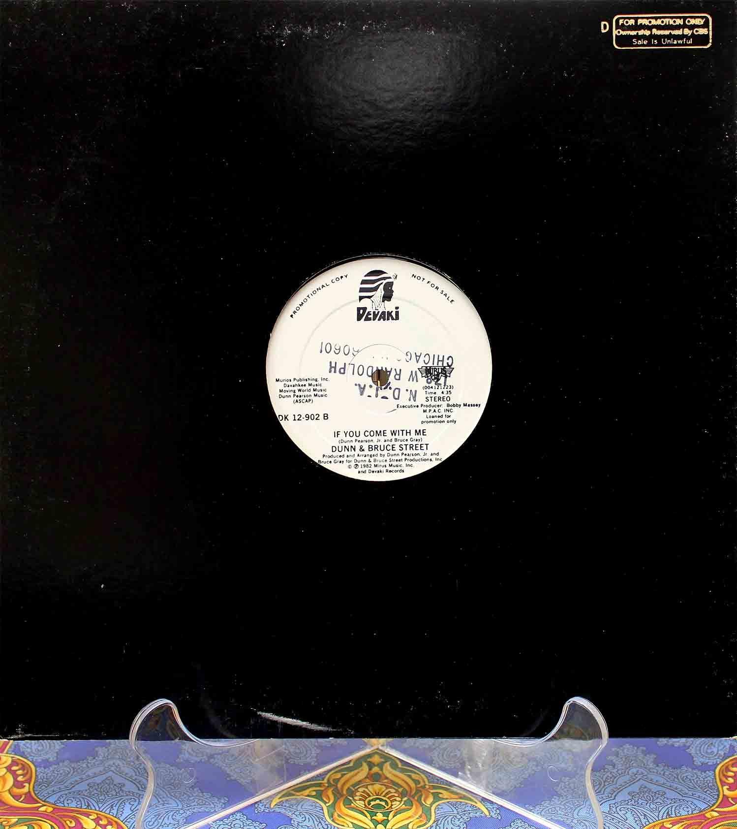 Dunn Bruce Street – Shout For Joy 02