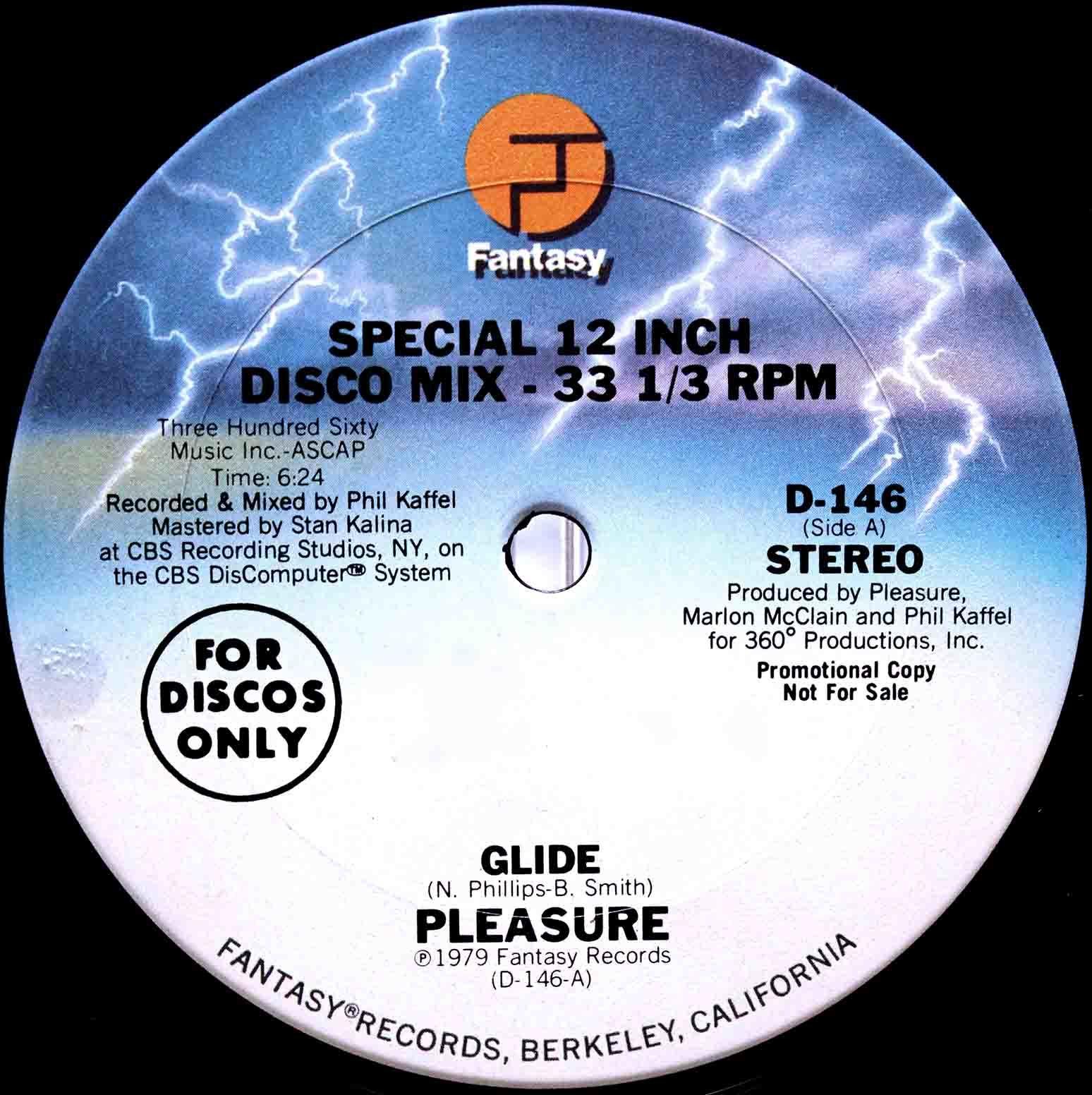 Pleasure Glide 03