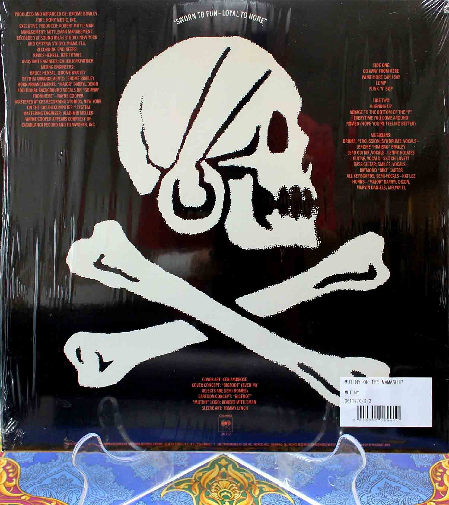 Mutiny Mutiny On The Mamaship 02
