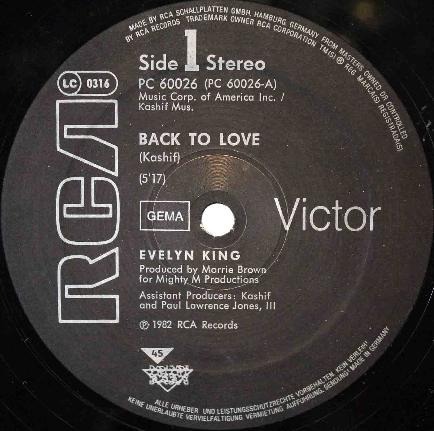 Evelyn King ‎– Betcha She Dont Love You 04