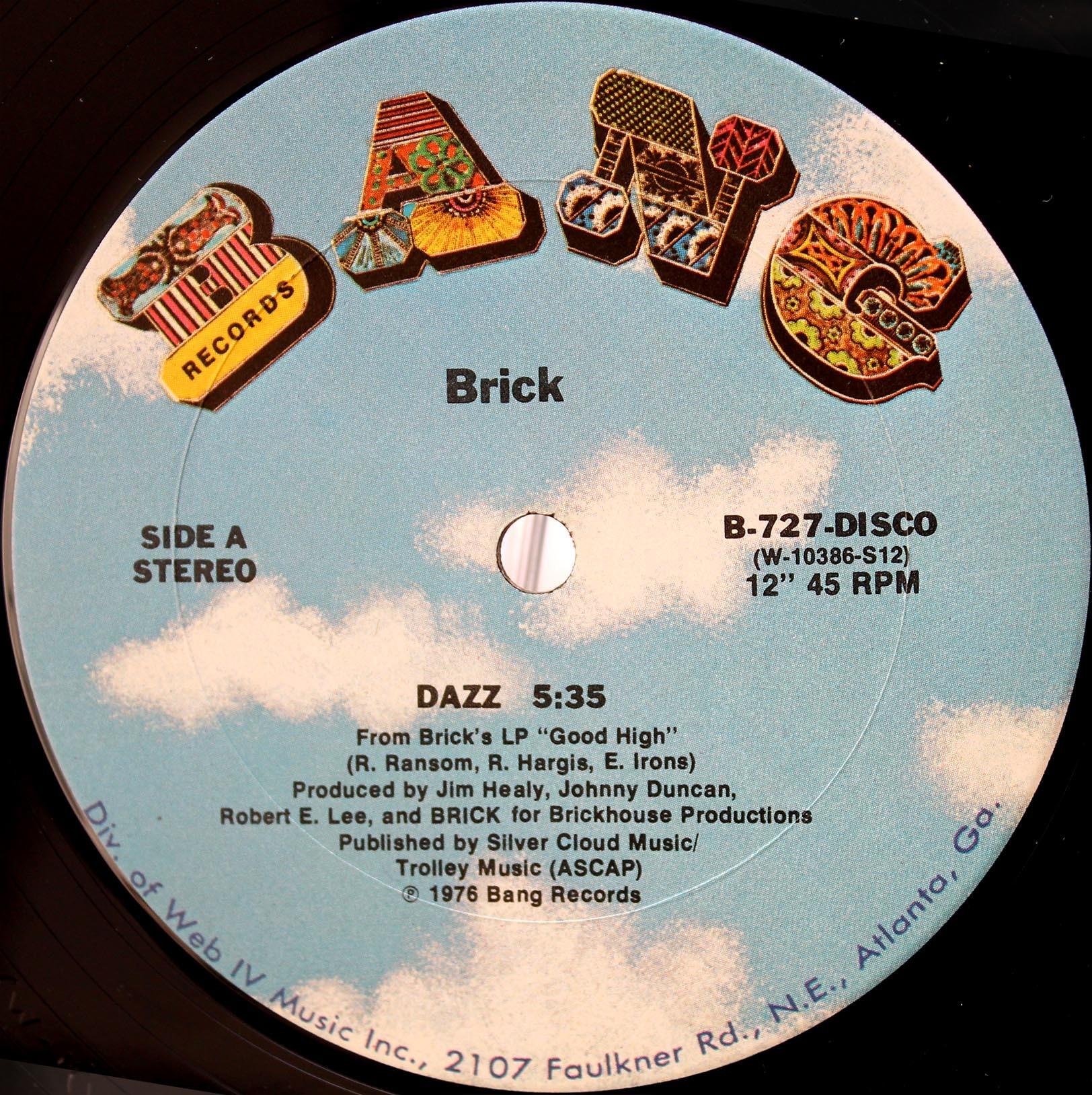 Brick Dazz 03