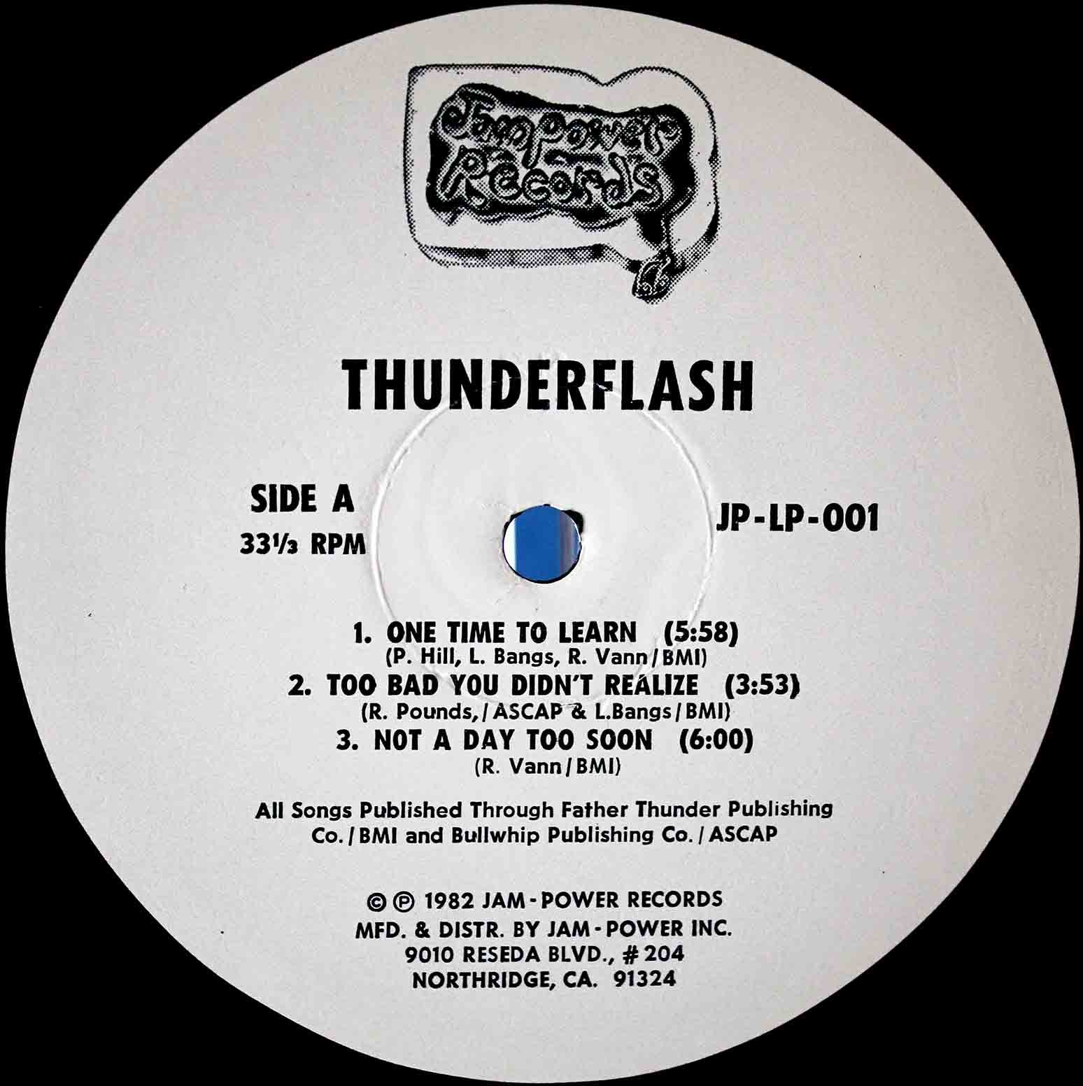 Thunderflash ‎– Taking Em By Storm 04