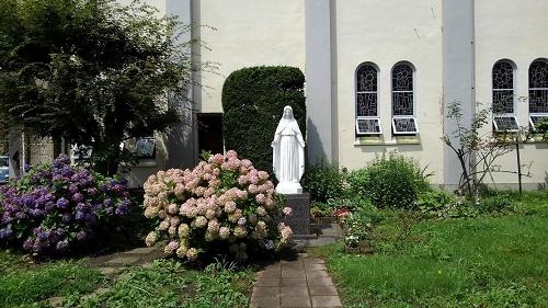 ロザリオの聖母北3