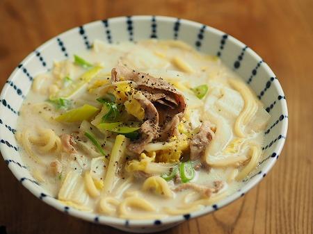 白菜と豚肉のミルク煮込み麺005