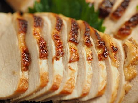 新鶏むね肉の鴨ロース風018