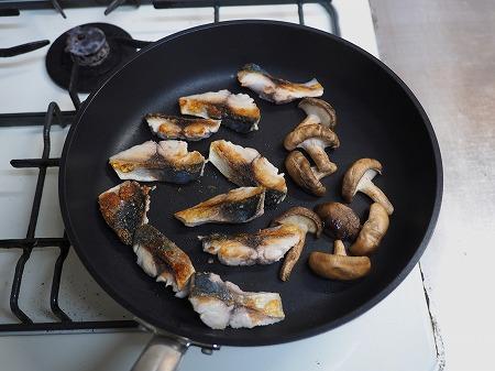 鯖ときのこの焼き南蛮023