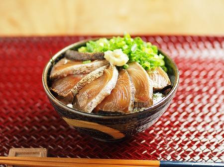 キハダマグロ漬け丼003