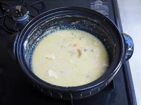 鶏むね肉のミルク鍋シメパスタ019