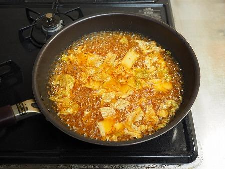 サバ缶と餅のキムチ鍋061