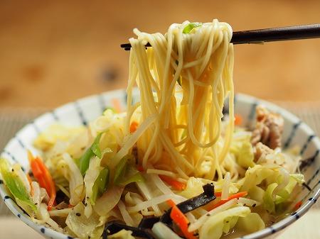 野菜炒めラーメン025
