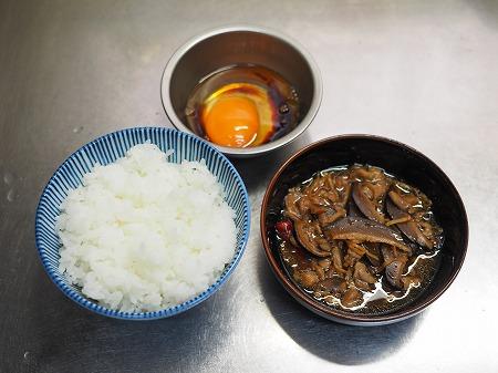 かしわ煮卵かけご飯009