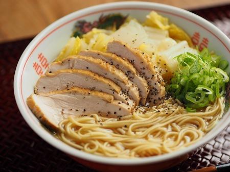 スモークチキン白菜ラーメン011