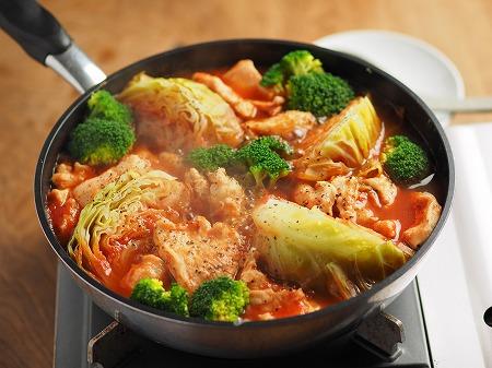 鶏むね肉とキャベツのトマト鍋002