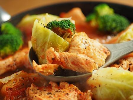 鶏むね肉とキャベツのトマト鍋022
